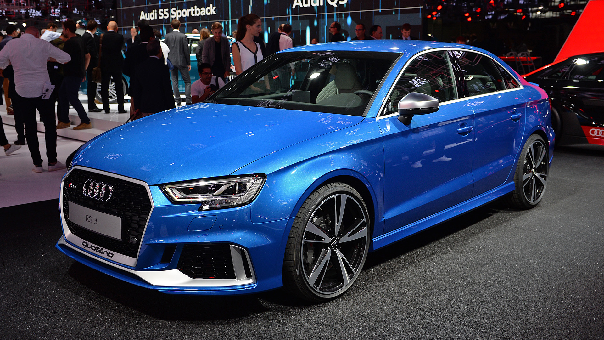 03-2018-audi-rs3-sedan-paris-1